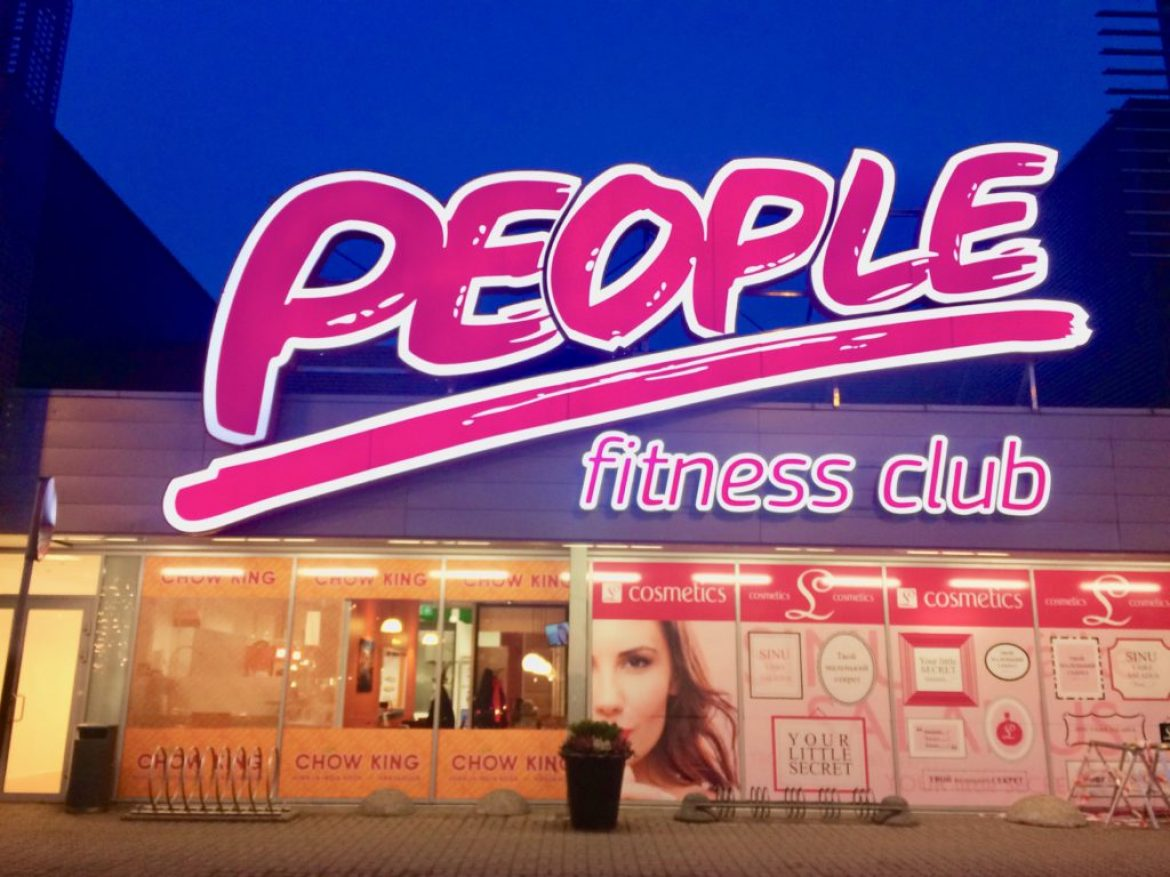 People Fitness front lit letters – P4